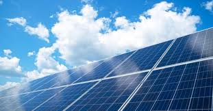 太陽能solar energy,風能 wind energy, 地熱能 thermal energy, biomass, 潮汐能tidal energy.